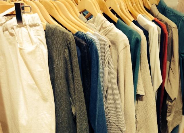 衣替えシーズンに・・・・洋服を買う時に役立つ英語フレーズ!