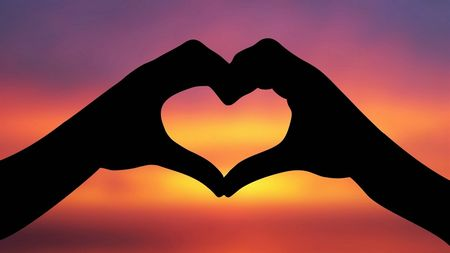 愛に国境はない?海外と日本の恋愛事情について聞いてみました!