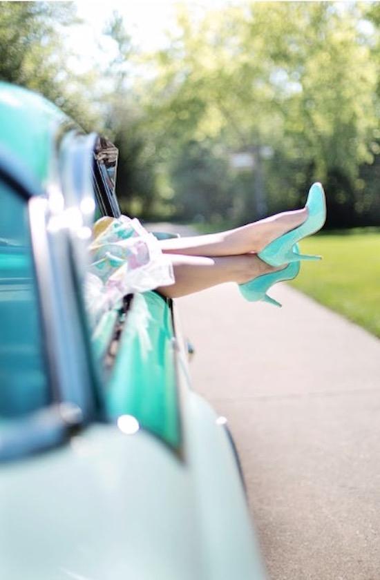 新年に新しい靴を買えば幸せになる!?マリリン・モンローも言っていた年明けに役立つ靴にまつわる表現たち!!