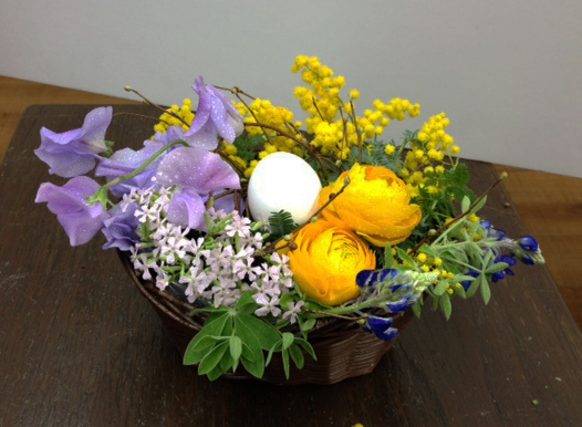 easter%20arrangment.jpg