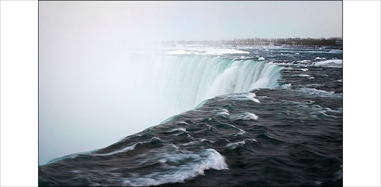 niagara_falls_stream.jpg